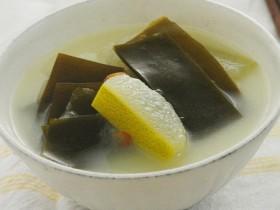 治疗便秘的有效方法和食疗方:海带汤
