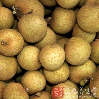 """另外吃水果要看其""""属性"""",平时最好多吃一些苹果"""