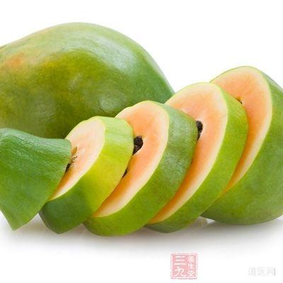 木瓜偏寒性,因此胃寒、体虚者不宜多吃,否则容易腹泻或胃寒