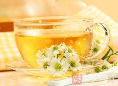 经常性的饮用菊花茶,对于延年益寿,放松身体都有很好的功效