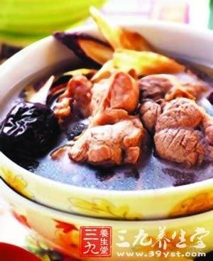 板蓝根炖猪蹍汤
