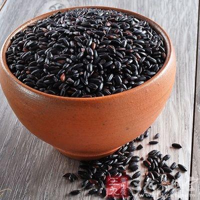 黑米是一种药、食兼用的大米