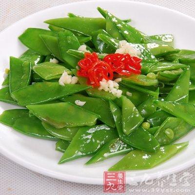 材料:扁豆适量,食用油适量,海鲜酱适量