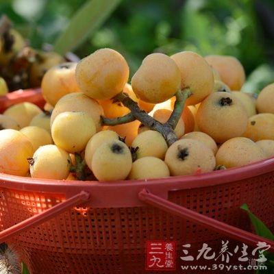 杷果实及叶有抑制流感病毒作用,常吃可以预防四时感冒