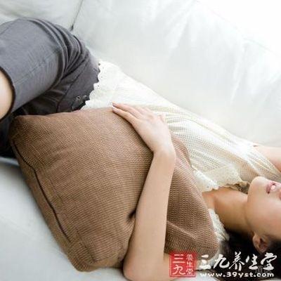 痛经:白芍9克,干姜3克,红糖20克,水煎服
