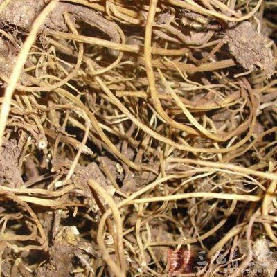 质脆,易折断,但断面皮部棕褐色,木质黄白色