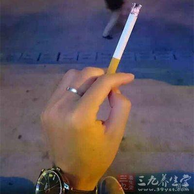 胃病的人应该戒烟