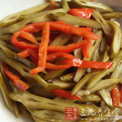 肋条肉烧猴头菇