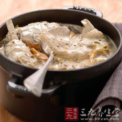 沙锅鸡脯猴头菇