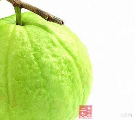 成熟的番石榴为浅绿色