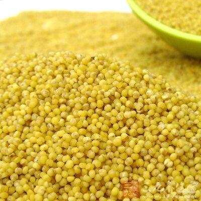 对准妈妈的好处:小米的营养丰富,可以均衡孕妇营养
