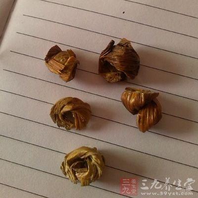 石斛的营养价值有哪些?石斛含有的生物碱在不同的品种中,也是不同的