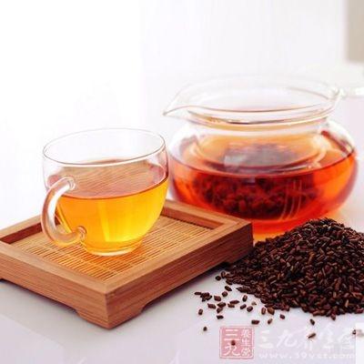 决明子茶能祛风、清肝明目、润肠通便。对虚火上炎、头痛、大便燥结的患者更加有效