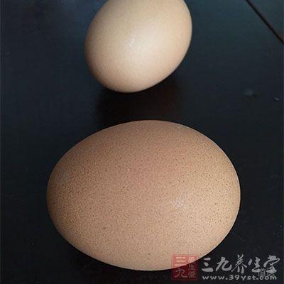 鸡蛋7个,煮熟取蛋黄