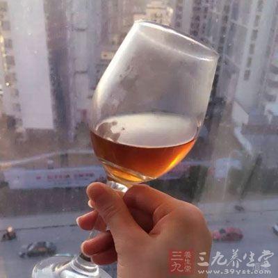 对酒精比较敏感,心经到小肠经