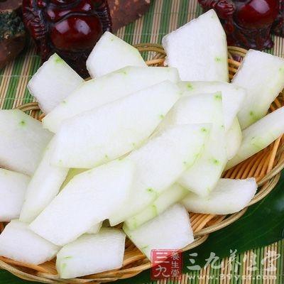冬瓜维生素中以抗坏血酸、硫胺素、核黄素及尼克酸含量较高
