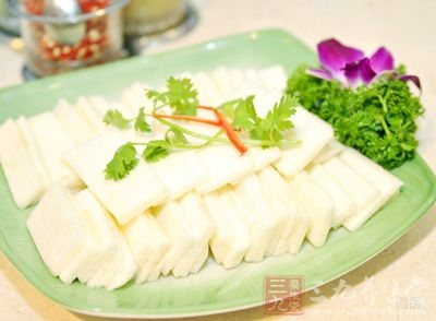 淮山通称为山药,是薯蓣科薯蓣属的一种植物