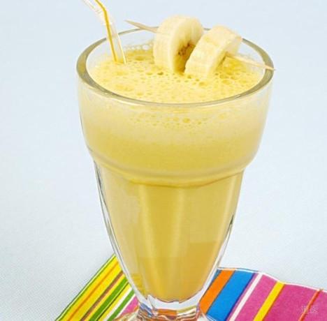 香蕉酸奶昔