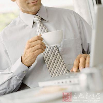 低血压患者每天喝杯黑咖啡,可以使自己的状态更佳