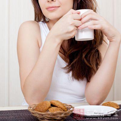 每天饮1杯咖啡的妇女比不饮咖啡的妇女易患不孕症