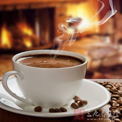 咖啡具有抗氧化及护心、强筋骨、利腰膝、开胃促食、消脂消积、利窍除湿、活血化淤、息风止痉等作用