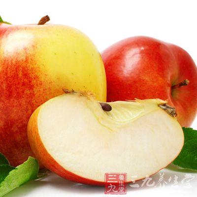 苹果、茶叶和洋葱都含有黄酮类天然抗氧化剂,同食可保护心脏