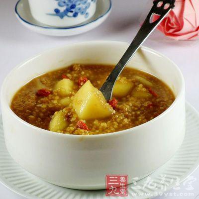 苹果小米粥健脾和胃、安神养心、益气减肥