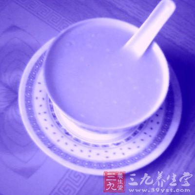 桂花葛粉羹也非常适合在夏天食用 ,它具有清热生津的功效