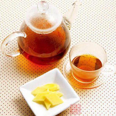 晚上吃过晚饭后就不要吃任何东西了,饮用生姜红茶