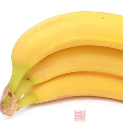 香蕉中的钾离子有抑制钠离子收缩血管和损坏心血管的作用
