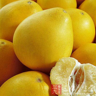 柚子有降血糖、降血脂、减肥、美肤养容等功效