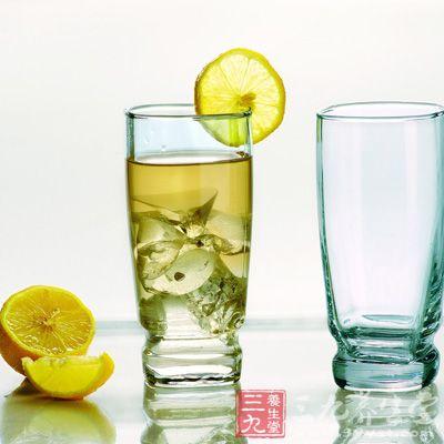 一般人群均可食用柠檬水