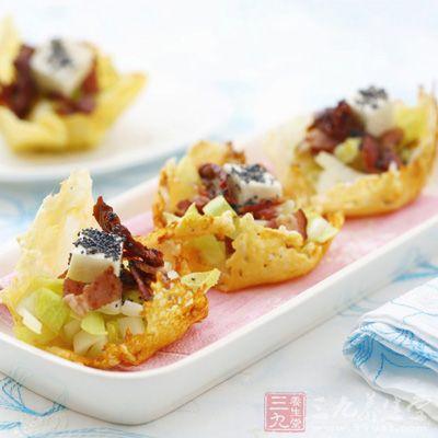 熏肉菊苣沙拉(四人份)
