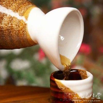 黄酒中还含有多种多糖类物质和各种维生素