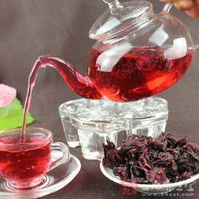 茶汤泡开后要看茶汤的颜色是否通红