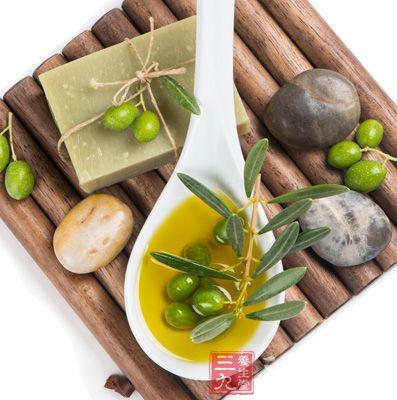 橄榄油具有改善消化系统功能的功效