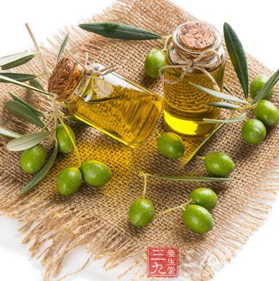 市面上三大类橄榄油分别为产地油、工业油以及庄园油