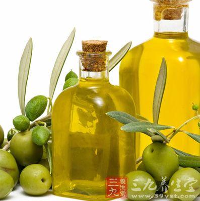 橄榄油是糖尿病人最好的营养品,因为橄榄油有扩张血管的作用