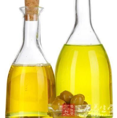 适度地摄取不易发胖又对身体好的橄榄油进行减重