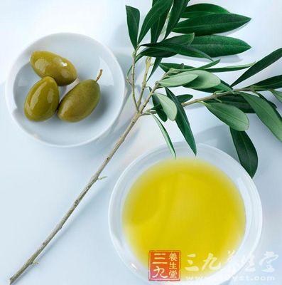 直接使用橄榄油是一种不错的食用方法
