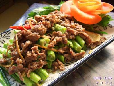 豆角炒牛肉的做法,很经典的广东家庭小炒