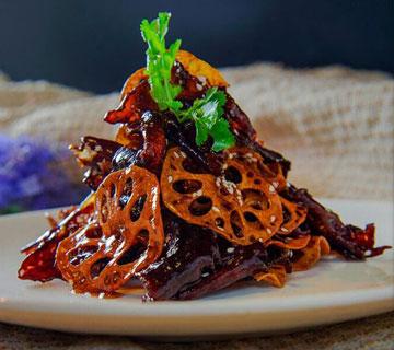 糖醋脆藕牛肉的做法,牛肉和莲藕的完美搭配