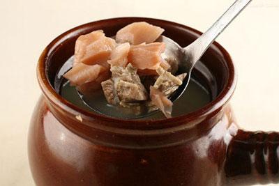 用莲藕煲汤怎么让莲藉更粉