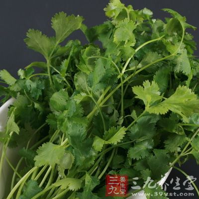 香菜这种蔬菜可以促进我们的消化以及提高食欲