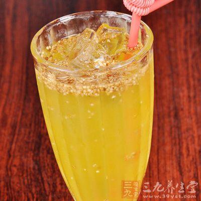 百香果蜂蜜绿茶的材料是百香果