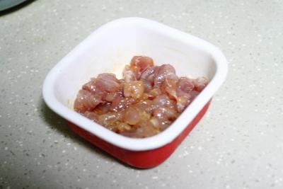 红萝卜炒青豆的做法步骤5