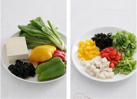 黑木耳豆腐奶白菜的做法步骤1-3