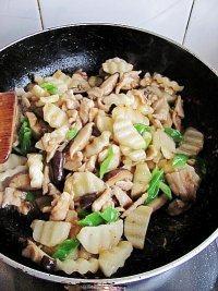香菇山药炒肉片的做法步骤16