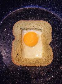 #儿童早餐#鸡蛋火腿吐司片的做法步骤6