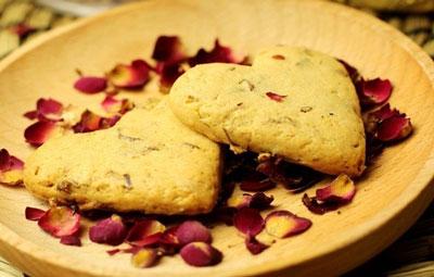 充满玫瑰香的心型饼干,七夕节表达爱心的专用饼干